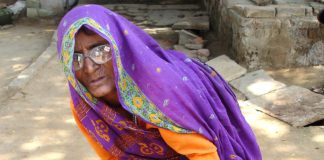Begging Woman India Poverty Old Woman